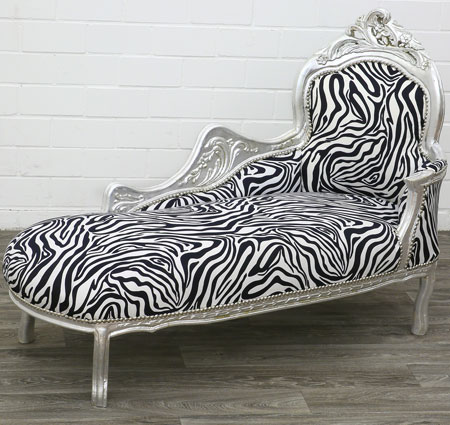Chaiselongue im Zebralook